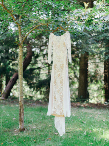 Garden Wedding in Port Townsend | Wedding Gown