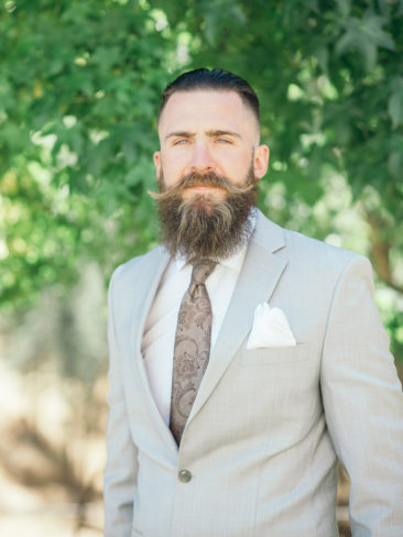 Boho Chic Sonora Wedding | Groom Style Beards