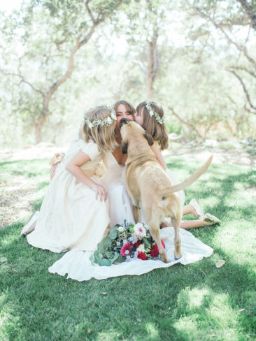 Boho Chic Sonora Wedding | Flower girl dresses and bouquets