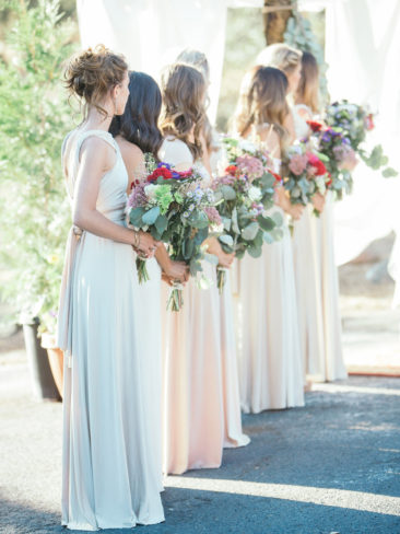 Boho Chic Sonora Wedding | Bridesmaids dresses and bouquets